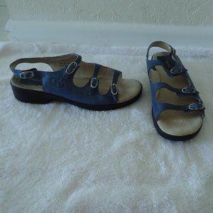 PROPET Leather Como Walker Sandal 8.5M